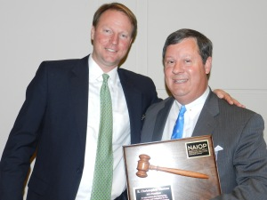 Photo (L-R): 2015 NAIOP President Clifton Coble, 2014 NAIOP President Chris Thomas